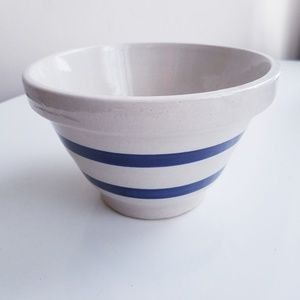 Vintage Roseville pottery 303 small mixing bowl
